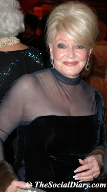 phyliss parrish looking glamorous