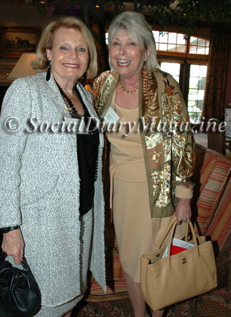 Joan Jacobs and Lynn Schenk  at the Girl Scout's Cool Women 2011 luncheon